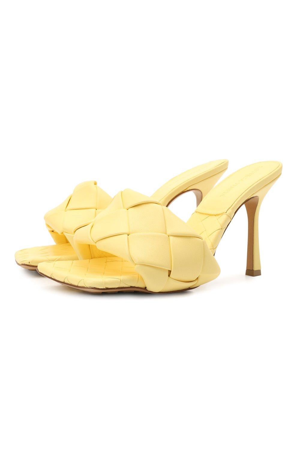 Женские кожаные мюли lido BOTTEGA VENETA желтого цвета, арт. 608854/VBSS0 | Фото 1 (Каблук высота: Высокий; Материал внутренний: Натуральная кожа; Каблук тип: Шпилька; Подошва: Плоская)