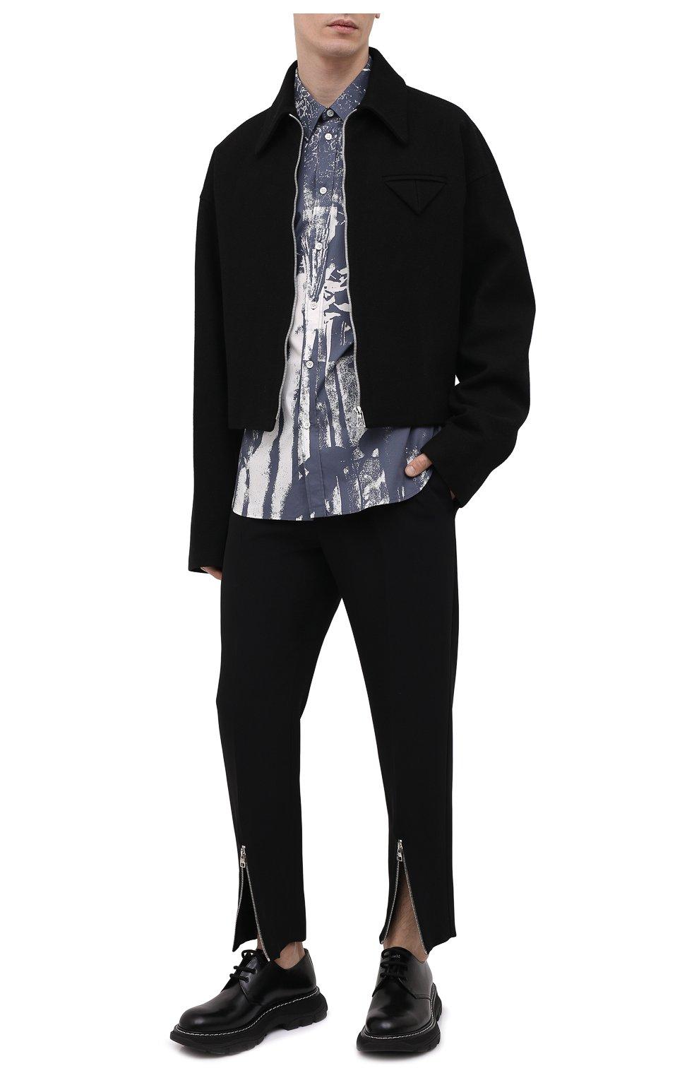 Мужские брюки из вискозы ALEXANDER MCQUEEN черного цвета, арт. 619171/QQR38   Фото 2 (Длина (брюки, джинсы): Стандартные; Случай: Повседневный; Стили: Панк; Материал внешний: Вискоза)