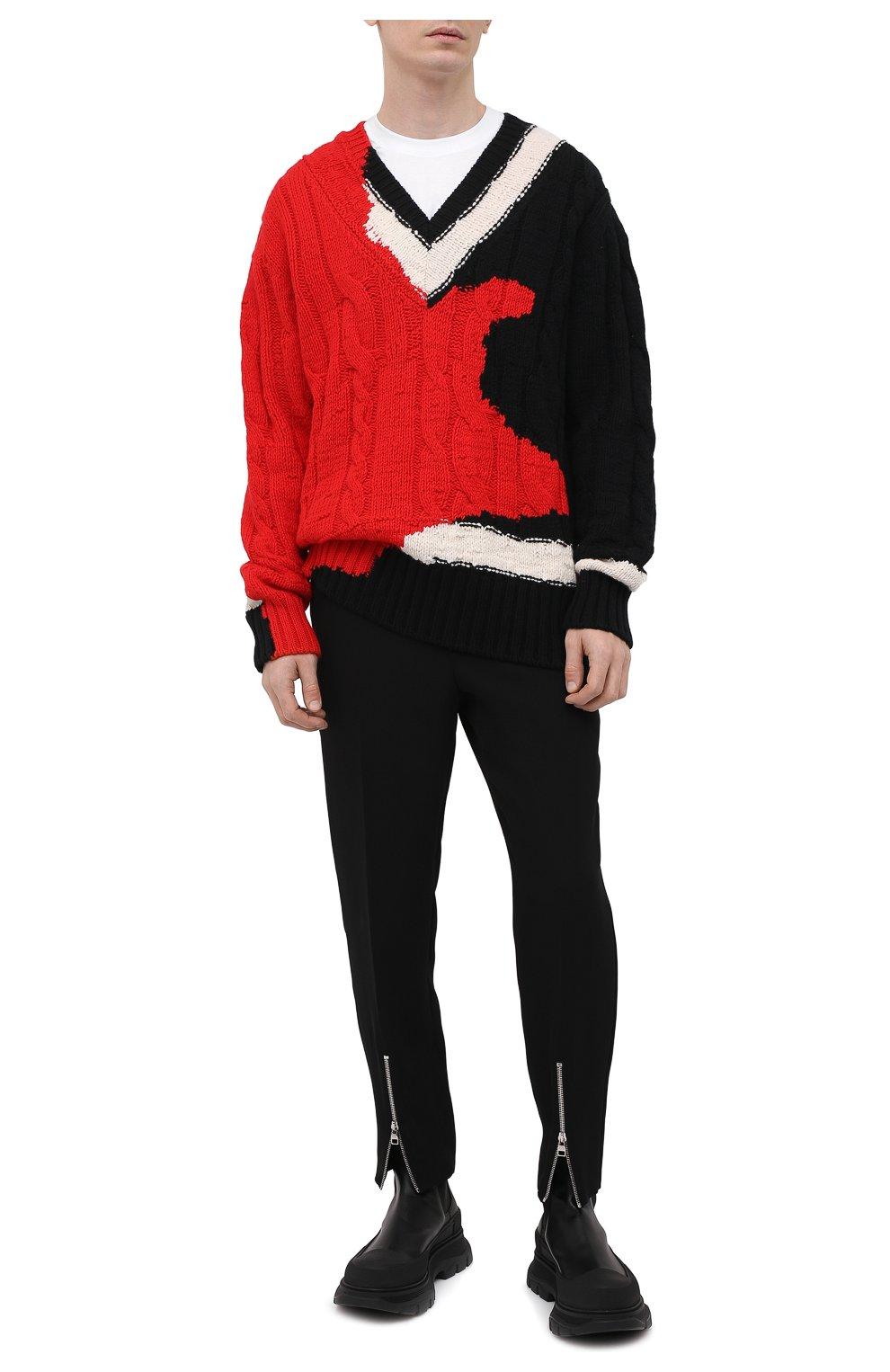 Мужской шерстяной свитер ALEXANDER MCQUEEN разноцветного цвета, арт. 651177/Q1ATN | Фото 2 (Материал внешний: Шерсть; Рукава: Длинные; Длина (для топов): Стандартные; Стили: Гранж; Принт: С принтом; Мужское Кросс-КТ: Свитер-одежда)
