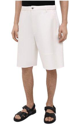 Мужские хлопковые шорты VALENTINO белого цвета, арт. VV3RDB2075Y | Фото 3