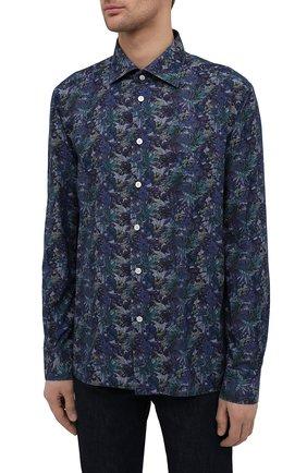 Мужская хлопковая рубашка KITON синего цвета, арт. UMCNERH0767702/46-50 | Фото 3 (Манжеты: На пуговицах; Рукава: Длинные; Рубашки М: Regular Fit; Воротник: Акула; Случай: Повседневный; Длина (для топов): Стандартные; Принт: С принтом; Материал внешний: Хлопок; Стили: Кэжуэл)