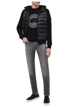 Мужской комбинированный бомбер hybridge CANADA GOOSE черного цвета, арт. 8805MC | Фото 2 (Материал подклада: Синтетический материал; Материал внешний: Синтетический материал; Рукава: Длинные; Мужское Кросс-КТ: пуховик-короткий; Принт: Без принта; Длина (верхняя одежда): Короткие; Кросс-КТ: Куртка)