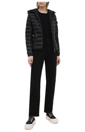 Женская пуховая куртка bles MONCLER черного цвета, арт. G1-093-1A128-00-5396Q | Фото 2