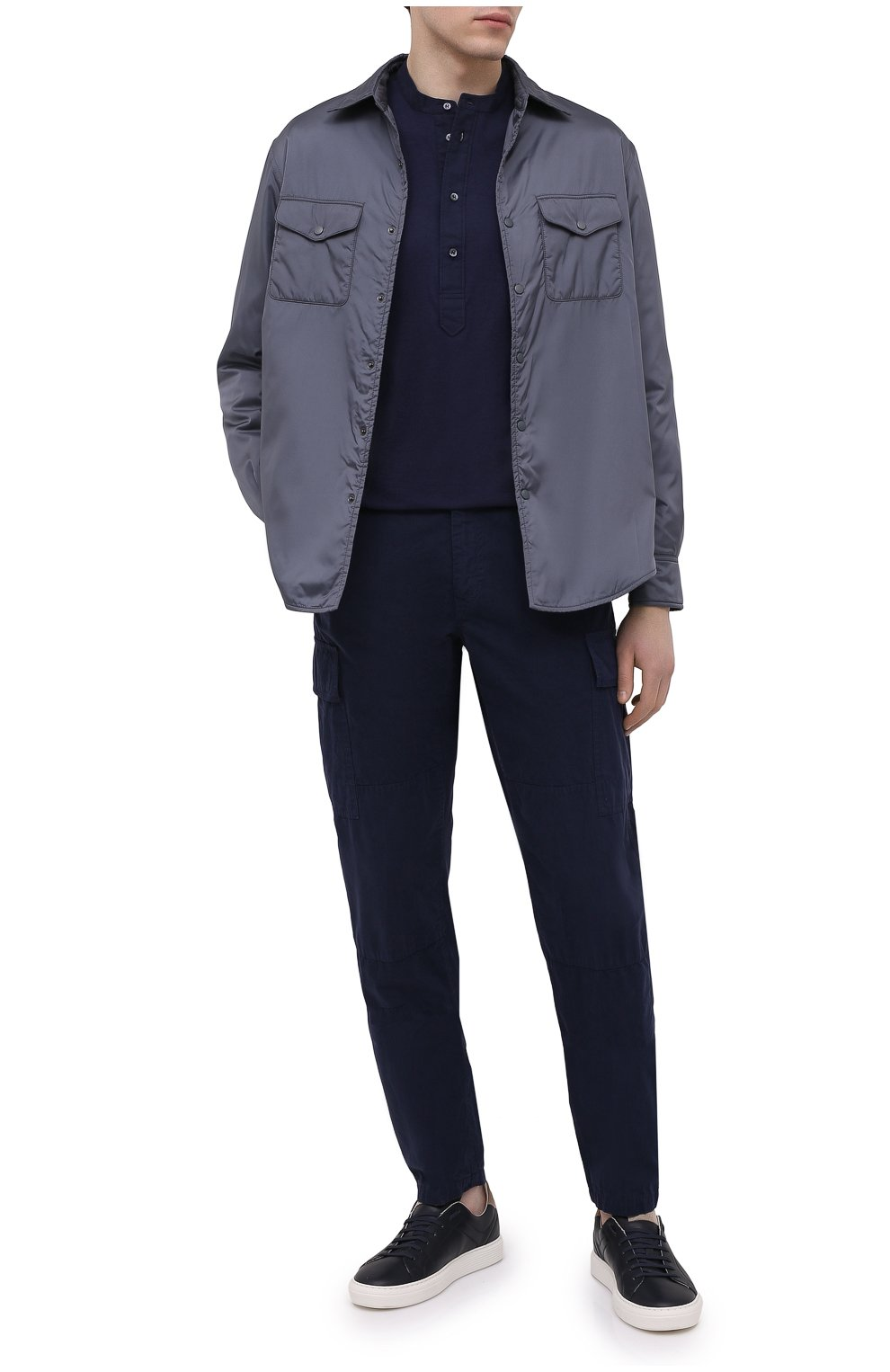 Мужская хлопковая рубашка ASPESI темно-синего цвета, арт. S1 A AY45 9408   Фото 2 (Манжеты: На пуговицах; Рукава: Длинные; Случай: Повседневный; Длина (для топов): Стандартные; Материал внешний: Хлопок; Принт: Однотонные; Воротник: Мандарин; Стили: Кэжуэл)