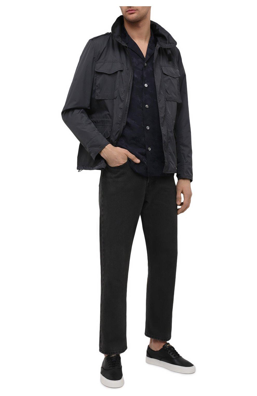 Мужская рубашка ASPESI темно-синего цвета, арт. S1 A CE53 G422 | Фото 2 (Манжеты: На пуговицах; Рукава: Длинные; Случай: Повседневный; Материал внешний: Синтетический материал, Хлопок; Длина (для топов): Стандартные; Принт: С принтом; Воротник: Отложной; Стили: Кэжуэл)