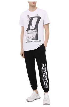 Мужская хлопковая футболка DIEGO VENTURINO белого цвета, арт. SS21-DV TS0 VDL | Фото 2 (Рукава: Короткие; Материал внешний: Хлопок; Стили: Гранж; Принт: С принтом; Длина (для топов): Удлиненные)