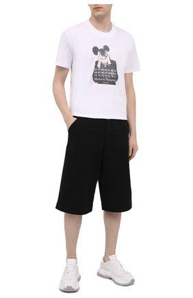 Мужская хлопковая футболка DIEGO VENTURINO белого цвета, арт. SS21-DV TS0 MMP | Фото 2 (Материал внешний: Хлопок; Длина (для топов): Стандартные; Стили: Панк, Гранж; Рукава: Короткие; Принт: С принтом)