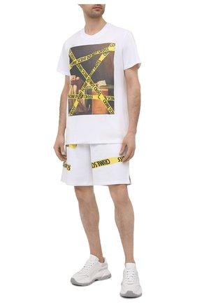 Мужская хлопковая футболка DIEGO VENTURINO белого цвета, арт. SS21-DV TS0 MCS | Фото 2 (Рукава: Короткие; Стили: Гранж; Длина (для топов): Стандартные; Принт: С принтом; Материал внешний: Хлопок)
