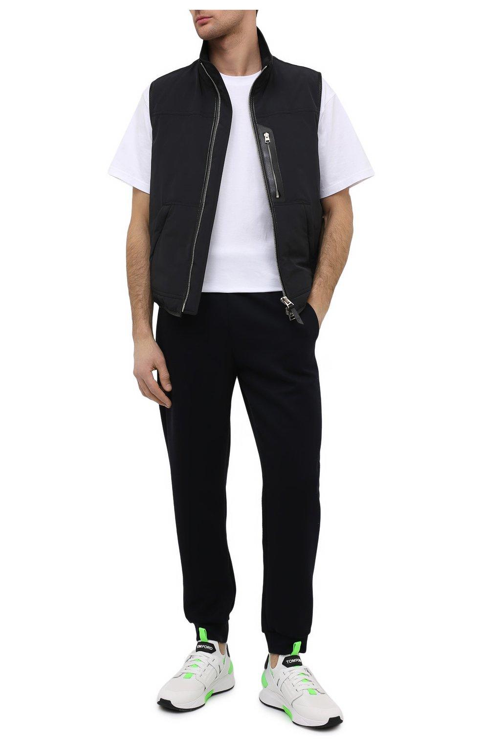 Мужские комбинированные кроссовки TOM FORD белого цвета, арт. J1100T-T0F006   Фото 2 (Материал внешний: Текстиль; Материал внутренний: Натуральная кожа, Текстиль; Подошва: Массивная; Стили: Спорт)