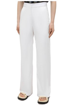 Женские хлопковые брюки DRIES VAN NOTEN белого цвета, арт. 211-10918-2026   Фото 3