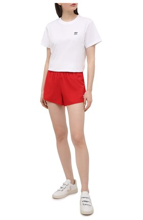 Женские шорты ADIDAS ORIGINALS красного цвета, арт. GN2886 | Фото 2