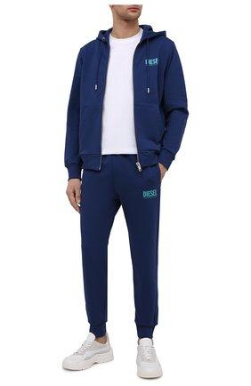 Мужские хлопковые джоггеры DIESEL синего цвета, арт. 00SZLB/0BAWT | Фото 2 (Длина (брюки, джинсы): Стандартные; Материал внешний: Хлопок; Силуэт М (брюки): Джоггеры; Кросс-КТ: Спорт; Стили: Спорт-шик)