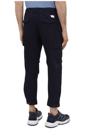 Мужские хлопковые брюки-карго PREMIUM MOOD DENIM SUPERIOR темно-синего цвета, арт. S21 04177524/MIK | Фото 4 (Силуэт М (брюки): Карго; Случай: Повседневный; Стили: Гранж; Материал внешний: Хлопок; Длина (брюки, джинсы): Укороченные)