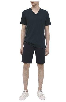 Мужская хлопковая футболка JAMES PERSE темно-зеленого цвета, арт. MLJ3352 | Фото 2 (Материал внешний: Хлопок; Длина (для топов): Стандартные; Принт: Без принта; Рукава: Короткие; Стили: Кэжуэл)