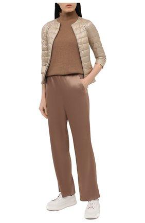 Женская пуховая куртка HERNO бежевого цвета, арт. PI0004DIC/12017 | Фото 2