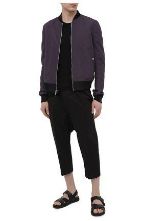 Мужские хлопковые брюки RICK OWENS черного цвета, арт. RU21S6381/P | Фото 2