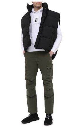 Мужские хлопковые брюки-карго BALENCIAGA хаки цвета, арт. 642154/TJP09 | Фото 2 (Длина (брюки, джинсы): Стандартные; Материал внешний: Хлопок; Стили: Гранж, Милитари; Случай: Повседневный; Силуэт М (брюки): Карго)