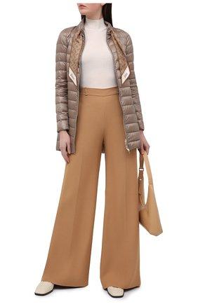 Женская пуховая куртка HERNO темно-бежевого цвета, арт. PI1267D/12017 | Фото 2