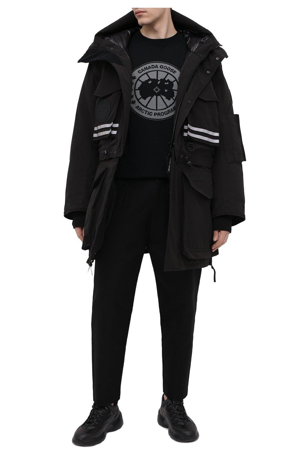 Мужская пуховая парка snow mantra CANADA GOOSE черного цвета, арт. 8800MC   Фото 2 (Кросс-КТ: Куртка; Мужское Кросс-КТ: пуховик-короткий; Рукава: Короткие; Материал внешний: Синтетический материал; Стили: Спорт-шик; Материал подклада: Синтетический материал)