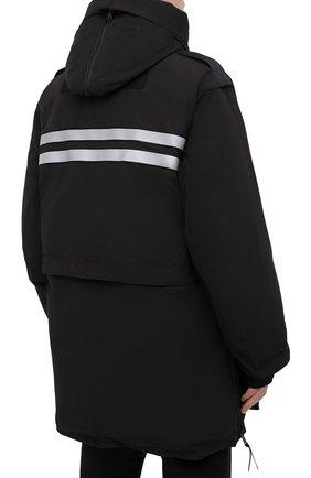 Мужская пуховая парка snow mantra CANADA GOOSE черного цвета, арт. 8800MC   Фото 4 (Кросс-КТ: Куртка; Мужское Кросс-КТ: пуховик-короткий; Рукава: Короткие; Материал внешний: Синтетический материал; Стили: Спорт-шик; Материал подклада: Синтетический материал)