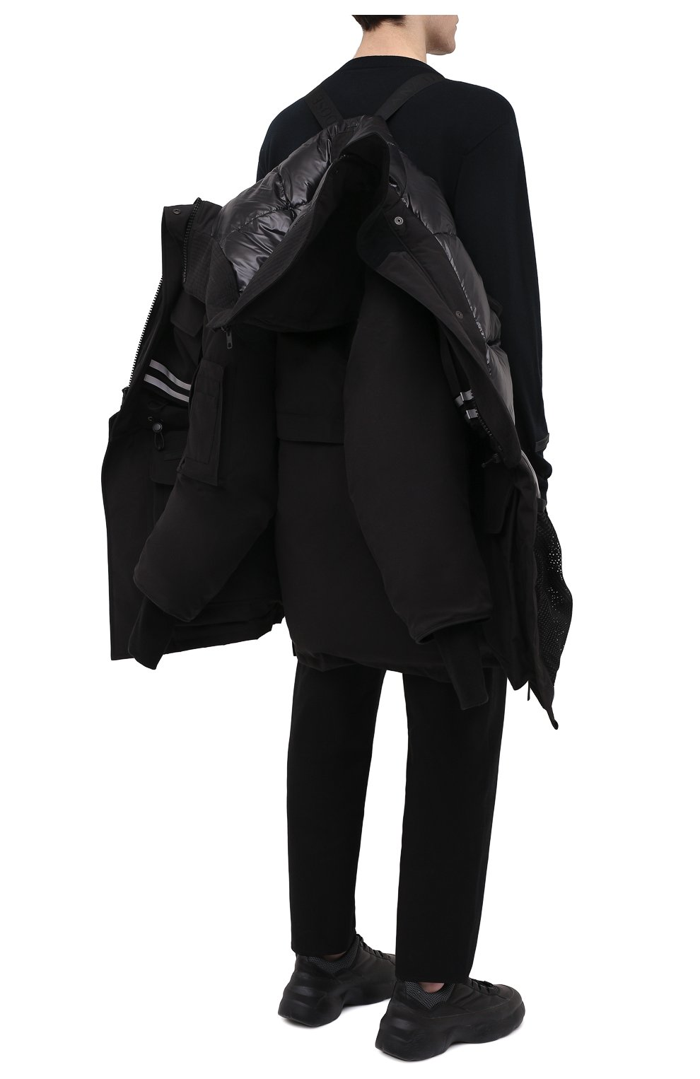 Мужская пуховая парка snow mantra CANADA GOOSE черного цвета, арт. 8800MC   Фото 6 (Кросс-КТ: Куртка; Мужское Кросс-КТ: пуховик-короткий; Рукава: Короткие; Материал внешний: Синтетический материал; Стили: Спорт-шик; Материал подклада: Синтетический материал)