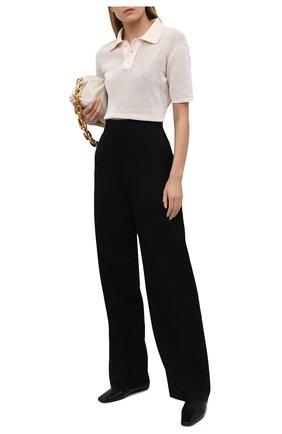Женские шерстяные брюки BOTTEGA VENETA черного цвета, арт. 653518/VKIS0 | Фото 2