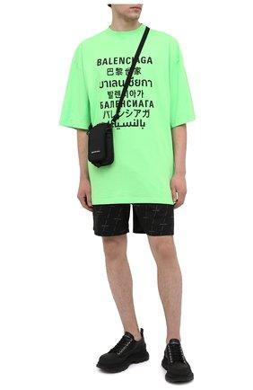 Мужская хлопковая футболка BALENCIAGA зеленого цвета, арт. 641614/TJVI3 | Фото 2 (Длина (для топов): Удлиненные; Материал внешний: Хлопок, Синтетический материал; Рукава: Короткие; Стили: Гранж; Принт: С принтом)