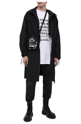 Мужская текстильная сумка explorer BALENCIAGA серого цвета, арт. 593329/2BKNX   Фото 2 (Ремень/цепочка: На ремешке; Материал: Текстиль)