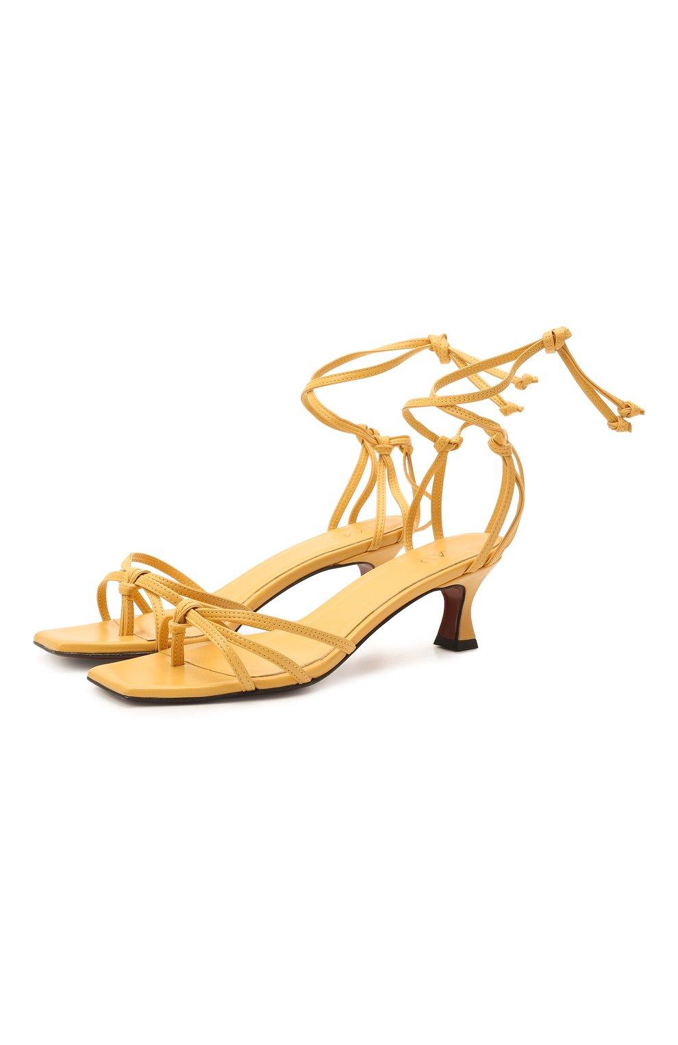 Женские кожаные босоножки MANU ATELIER желтого цвета, арт. 2021140 | Фото 1 (Каблук высота: Низкий; Материал внутренний: Натуральная кожа; Каблук тип: Устойчивый; Подошва: Плоская)