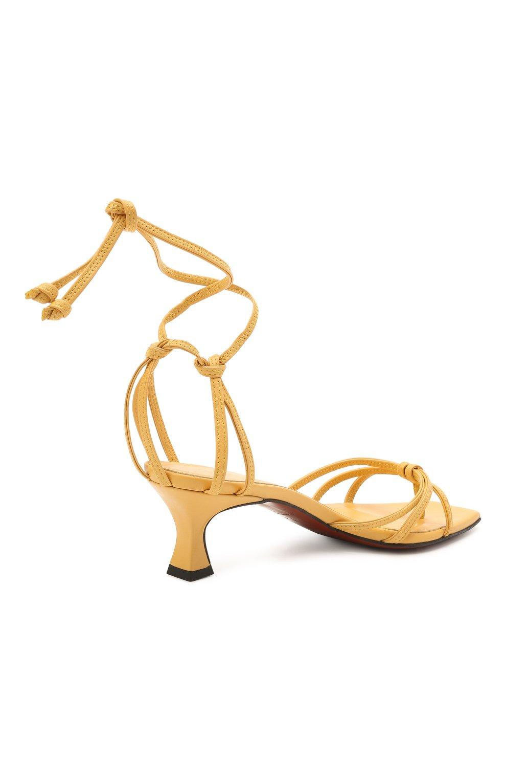 Женские кожаные босоножки MANU ATELIER желтого цвета, арт. 2021140 | Фото 4 (Каблук высота: Низкий; Материал внутренний: Натуральная кожа; Каблук тип: Устойчивый; Подошва: Плоская)