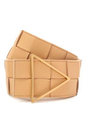 Женский кожаный ремень BOTTEGA VENETA бежевого цвета, арт. 651252/VMAY2 | Фото 1 (Материал: Кожа)