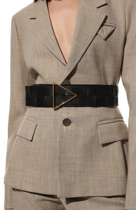 Женский кожаный ремень BOTTEGA VENETA черного цвета, арт. 651252/VMAY2 | Фото 2 (Материал: Кожа)