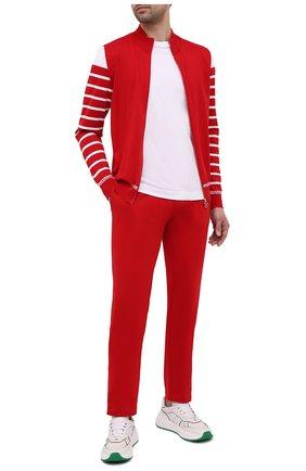 Мужские хлопковые брюки KITON красного цвета, арт. UK1261 | Фото 2 (Длина (брюки, джинсы): Стандартные; Материал внешний: Хлопок; Стили: Спорт-шик; Случай: Повседневный; Мужское Кросс-КТ: Брюки-трикотаж)
