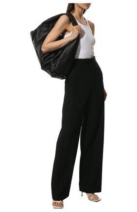 Женские шерстяные брюки BOTTEGA VENETA черного цвета, арт. 652062/VKIS0 | Фото 2