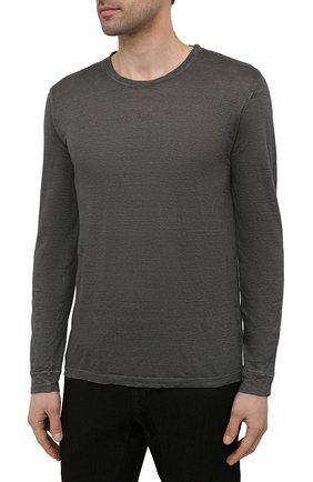 Мужская льняной лонгслив 120% LINO темно-серого цвета, арт. T0M70F4/E908/S00   Фото 3 (Рукава: Длинные; Принт: Без принта; Длина (для топов): Стандартные; Материал внешний: Лен; Стили: Кэжуэл)