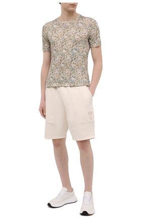 Мужская льняная футболка 120% LINO разноцветного цвета, арт. T0M7186/F937/S00 | Фото 2 (Рукава: Короткие; Длина (для топов): Стандартные; Материал внешний: Лен; Принт: С принтом; Стили: Кэжуэл)
