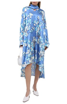 Женское шелковое платье BALENCIAGA голубого цвета, арт. 646910/TJLU9 | Фото 2