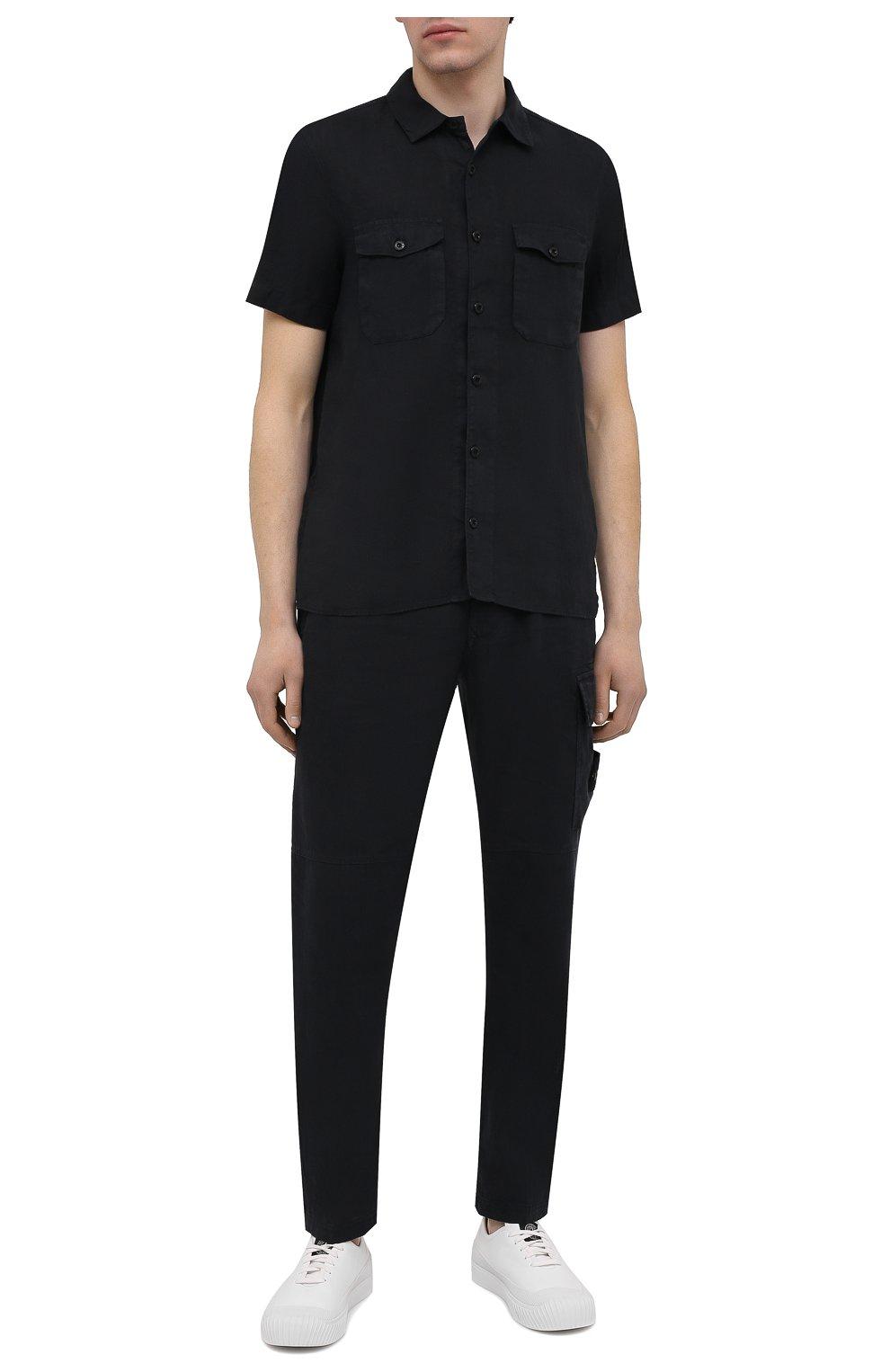 Мужские льняные брюки-карго STONE ISLAND темно-синего цвета, арт. 741531601   Фото 2 (Силуэт М (брюки): Карго; Длина (брюки, джинсы): Стандартные; Случай: Повседневный; Материал внешний: Лен; Стили: Кэжуэл)
