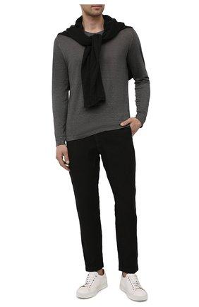 Мужские льняные брюки 120% LINO черного цвета, арт. T0M2131/0253/000 | Фото 2 (Длина (брюки, джинсы): Стандартные; Случай: Повседневный; Материал внешний: Лен; Стили: Кэжуэл)