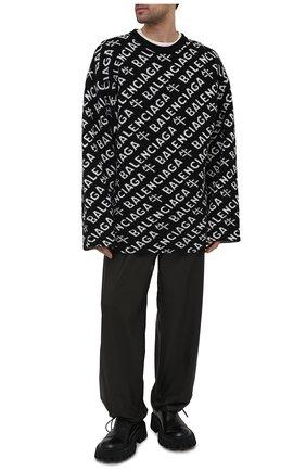 Мужской шерстяной свитер BALENCIAGA черного цвета, арт. 648042/T1599 | Фото 2 (Рукава: Длинные; Длина (для топов): Удлиненные; Материал внешний: Шерсть; Принт: С принтом; Мужское Кросс-КТ: Свитер-одежда; Стили: Минимализм)