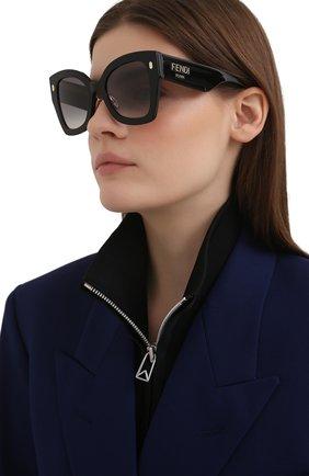 Женские солнцезащитные очки FENDI черного цвета, арт. 0434/G 807   Фото 2