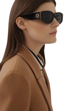 Женские солнцезащитные очки LINDA FARROW черного цвета, арт. LFL1059C1 SUN   Фото 2