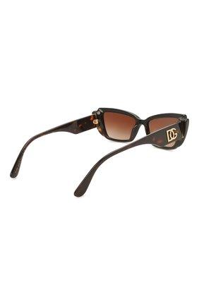 Женские солнцезащитные очки DOLCE & GABBANA коричневого цвета, арт. 4382-327013 | Фото 4