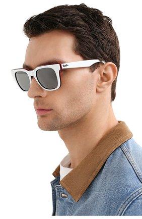 Женские солнцезащитные очки RAY-BAN белого цвета, арт. 4368-65196G | Фото 3