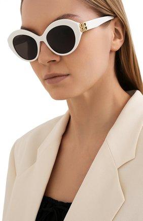 Женские солнцезащитные очки BALENCIAGA белого цвета, арт. 648054/T0001 | Фото 2