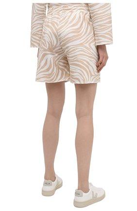 Женские хлопковые шорты EVA B.BITZER бежевого цвета, арт. 11323345 | Фото 4 (Длина Ж (юбки, платья, шорты): Мини; Женское Кросс-КТ: Домашние шорты; Материал внешний: Хлопок)