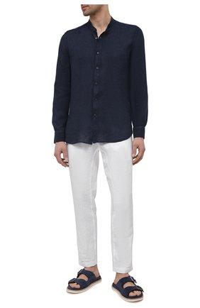 Мужская льняная рубашка 120% LINO темно-синего цвета, арт. T0M1159/B317/000   Фото 2 (Материал внешний: Лен; Длина (для топов): Стандартные; Рукава: Длинные; Принт: Однотонные; Случай: Повседневный; Манжеты: На пуговицах; Стили: Кэжуэл; Воротник: Мандарин)