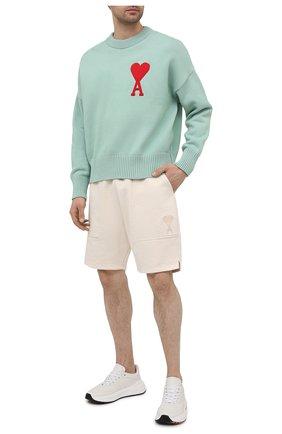 Мужской свитер из хлопка и шерсти AMI светло-зеленого цвета, арт. E21HK009.016 | Фото 2
