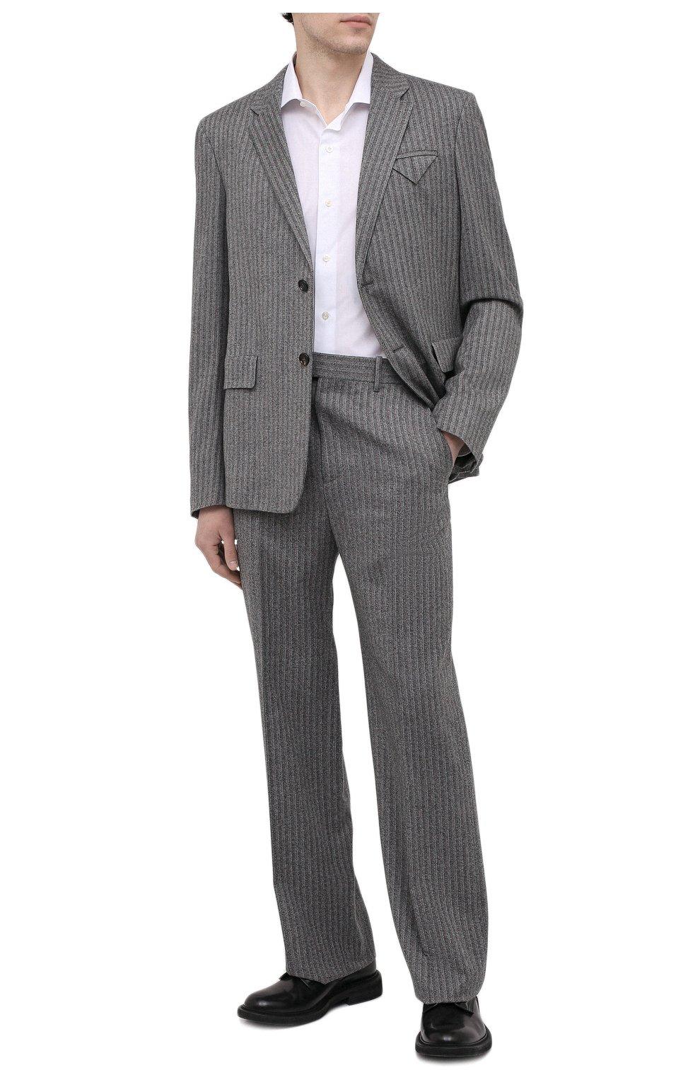 Мужские шерстяные брюки BOTTEGA VENETA серого цвета, арт. 644549/V0EV0 | Фото 2 (Материал внешний: Шерсть; Длина (брюки, джинсы): Стандартные; Случай: Повседневный; Стили: Минимализм)