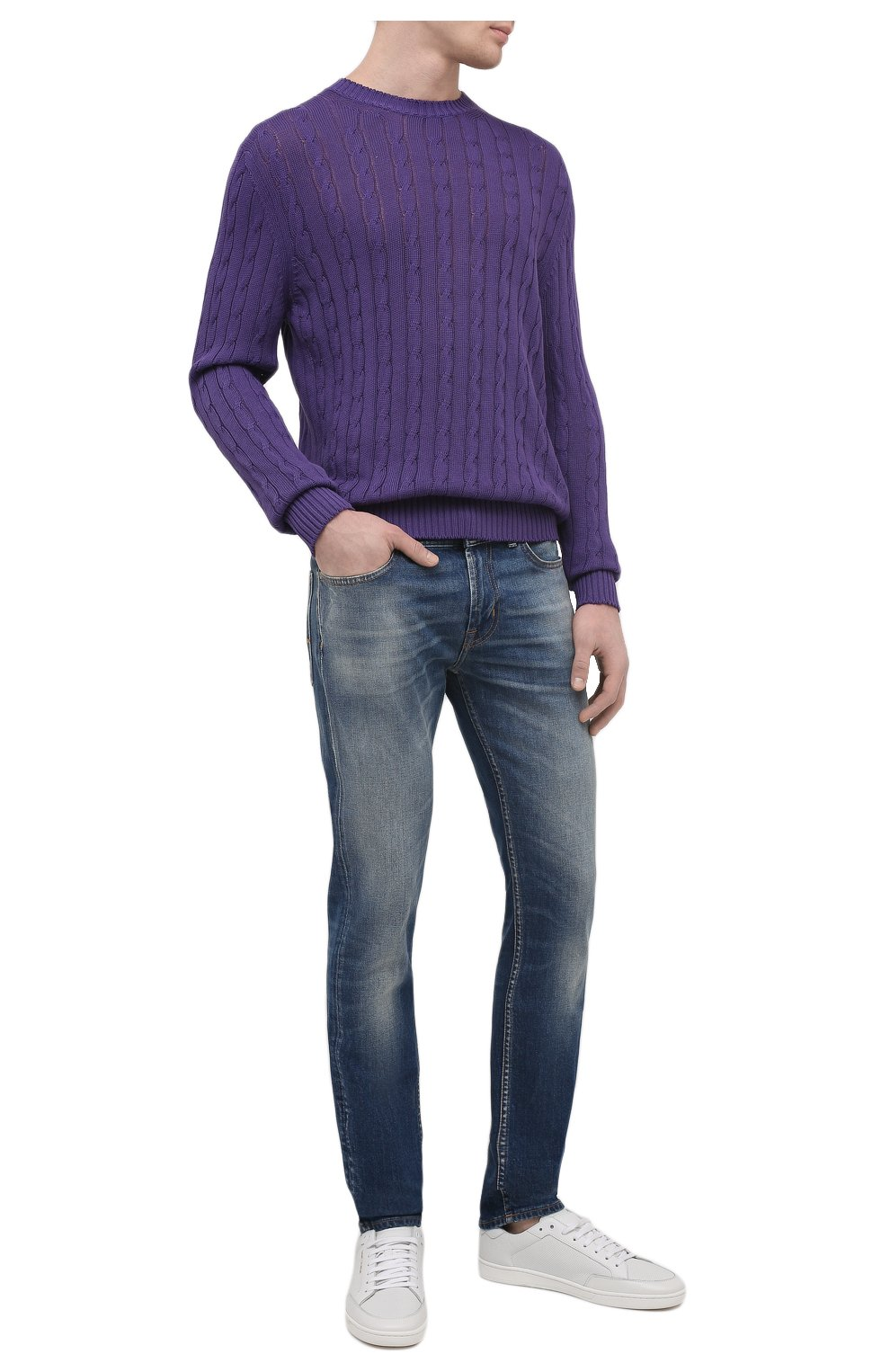 Мужские джинсы 7 FOR ALL MANKIND синего цвета, арт. JSD4K850AS   Фото 2 (Силуэт М (брюки): Прямые; Кросс-КТ: Деним; Длина (брюки, джинсы): Стандартные; Материал внешний: Хлопок; Детали: Потертости; Стили: Кэжуэл)